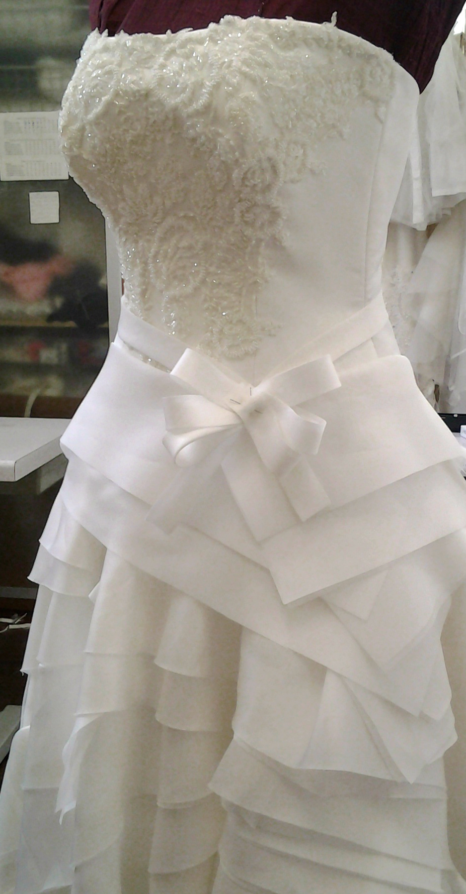 Abito da Sposa su misura gonna a balze origami Ateleba Sposa Napoli