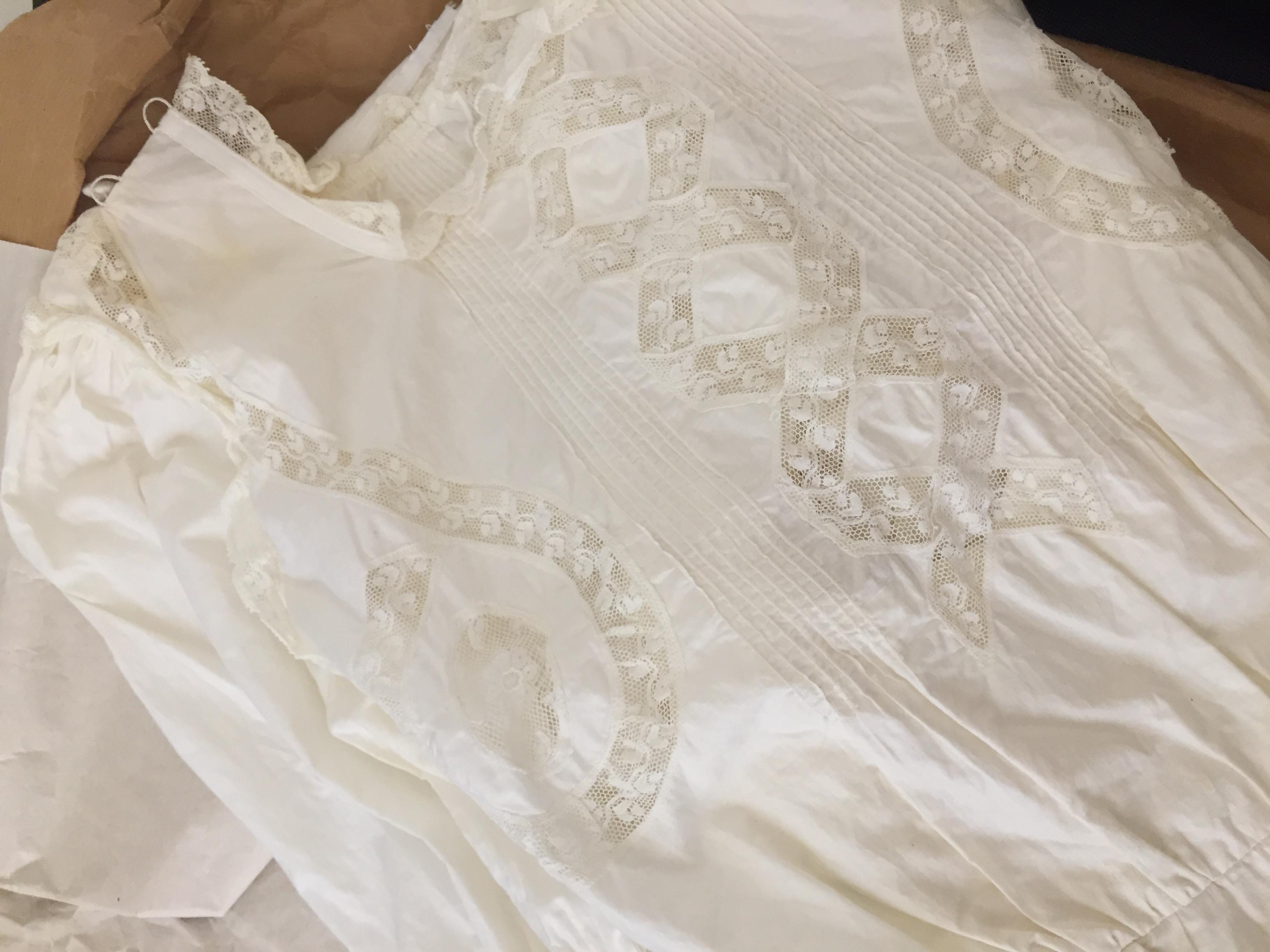 c4a33dc329ec Restaurare l abito da sposa di famiglia