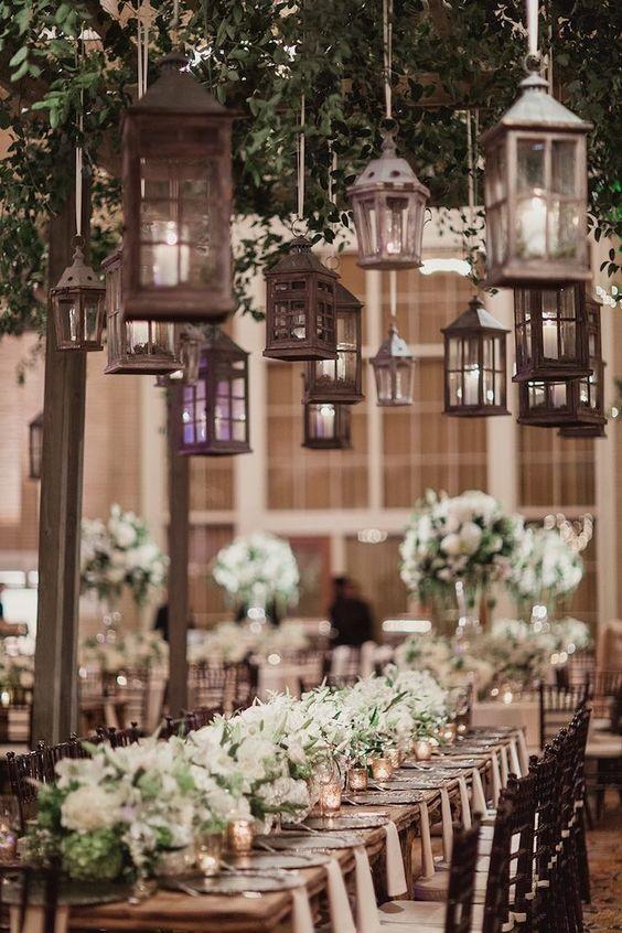 matrimonio con candele e rose bianche